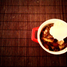 Knock-you-on-your-ass ---> peach-bourbon crumble :)