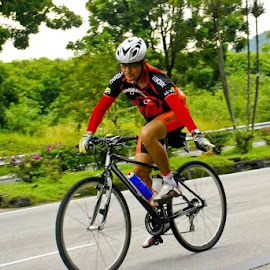 i am cyclist by Wan Azizul Azar Aziz - Sports & Fitness Cycling ( its me )