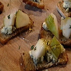 Gill's Pear And Blue Cheese Canape