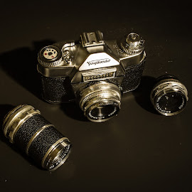 by Ralf Harimau Weinand - Artistic Objects Technology Objects ( photo camera, fotoapparat, sechziger, analog, sixties, voigtländer )