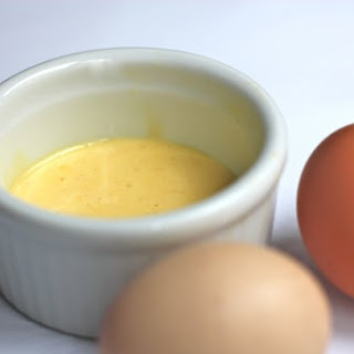 Paleo Coconut Oil Hollandaise Sauce