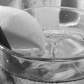 sweating glass by Jon Radtke - Food & Drink Alcohol & Drinks ( sweating glass )