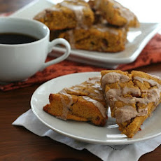 Pumpkin Scones with Cinnamon Glaze – Low Carb and Gluten-Free
