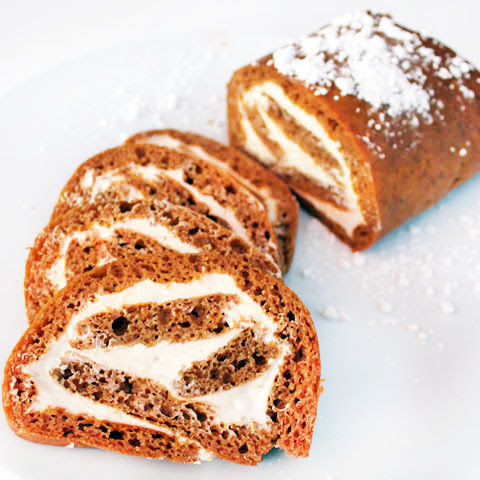 Pumpkin Roll (with Creamy Maple Filling)