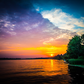 Sunset over the Narew River by Marcin Frąckiewicz - Landscapes Sunsets & Sunrises ( sunset, lake, river )