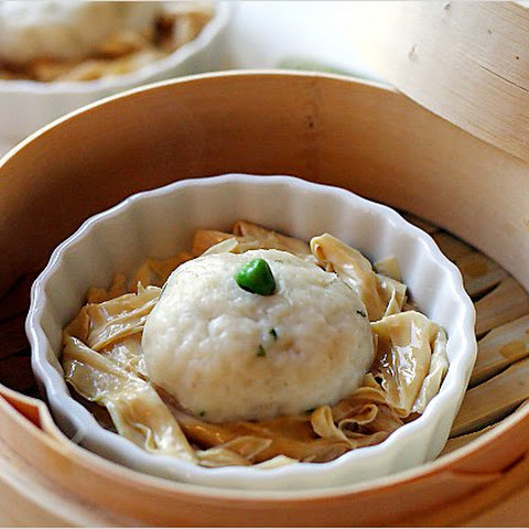 Fish Ball Dim Sum (Steamed Fish Balls with Bean Curd Sticks)