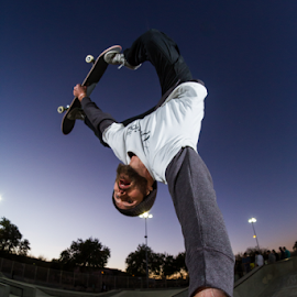 by Pascal Puente - Sports & Fitness Skateboarding ( skateboarding, canon )