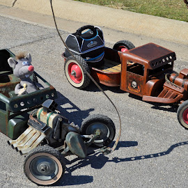 Rat Wagons by Kevin Dietze - Artistic Objects Toys