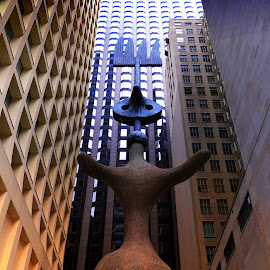 Chicago Statue by Tricia Scott - Buildings & Architecture Statues & Monuments ( building, statue, look up, buildings, windows, architeture, chicago )