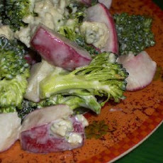 Broccoli and Radish Salad with Gorgonzola