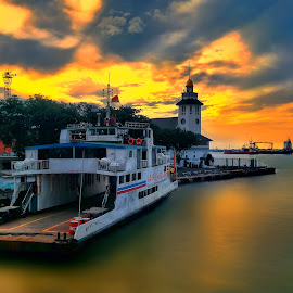 perak port by Ahmadz ' - Instagram & Mobile Other