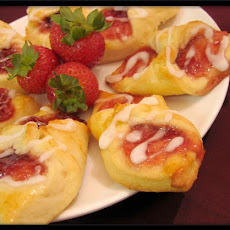 Strawberry Kolache Cookies