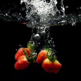 The splash by Rakesh Syal - Food & Drink Fruits & Vegetables