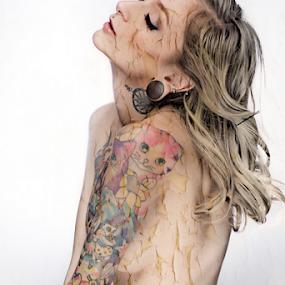 Peeling by Ceejae Chiu - Nudes & Boudoir Artistic Nude (  )