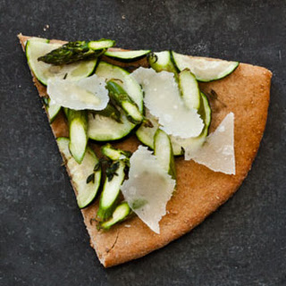 Asparagus and Zucchini Pizza (So-Slimming Slice)