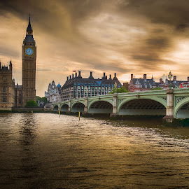 Big Ben by Sheldon Anderson - Buildings & Architecture Public & Historical ( parliament, london, 2014, sunset, dramatic, scenic, big ben, bridge, river,  )