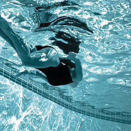 Surface by Aller Beauchamp - Sports & Fitness Swimming