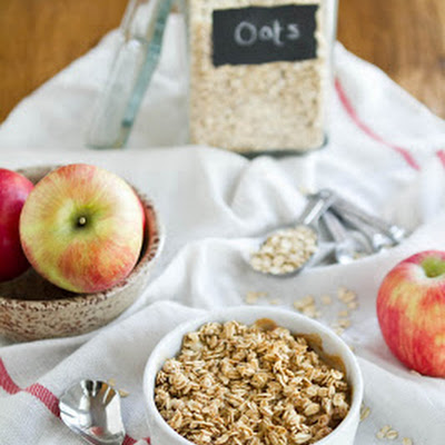 "Baked ""Apple Pie"" Oatmeal"