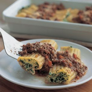 Stuffed Cannelloni with Bolognese