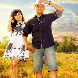 Prewedding On Vacation by Fendi Hermawan - People Couples