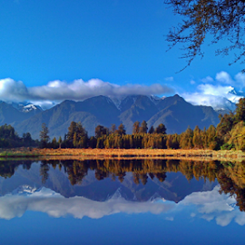 The mirror of nature by Terrence Yap - Instagram & Mobile Android ( water reflection )