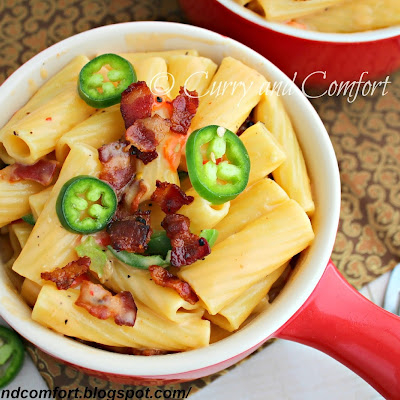 Jalapeno Pimento Mac and Cheese with Bacon