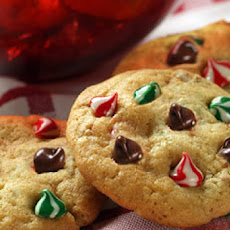 Nestle Toll House Swirled Holiday Chocolate Chip Cookies