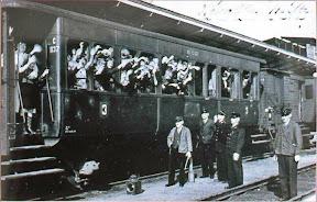 1e trein na duitse inval 1940 van zwolle naar herfteb.JPG