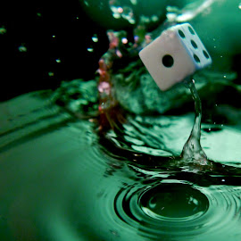One splash by Anthony Doyle - Artistic Objects Other Objects