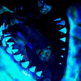 Enjoyment  by Naveen Aggarwal  - People Family ( aquarium, children, shark )