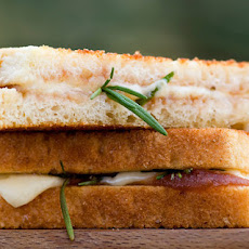 Rosemary Apple Butter Grilled Cheese Sandwiches