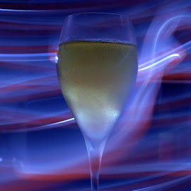 Sparkling WIne by Viki Mongcal - Food & Drink Alcohol & Drinks ( sparkling, wine glass, glass, drinks )