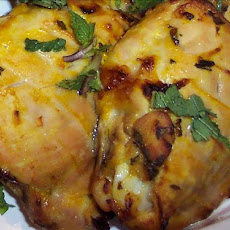 Grilled Chicken With a Mint and Yoghurt Sauce