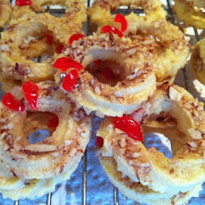 Classic Almond Wreath Cookies