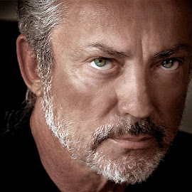 Udo Kier - Vampire Killer by Lee McLaughlin - People Portraits of Men ( piercing eyes, male, intense, actor, udo kier )