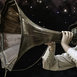 Shout! by Huub Keulers - People Musicians & Entertainers ( sky, stars, woman, night, shout,  )