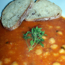 Chickpea, Tomato, Red Lentil & Basil Soup