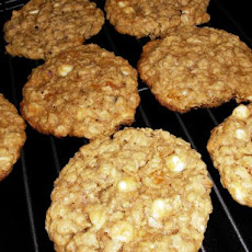 Apricots and Cream Oatmeal Cookies