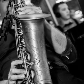 Sax by Milan Xyxy - People Musicians & Entertainers ( clear, music, b&w, saxsophone, sax, photography,  )