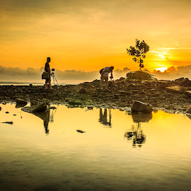 Pemburu Sunrise by Daimasara Abdullah - Landscapes Sunsets & Sunrises