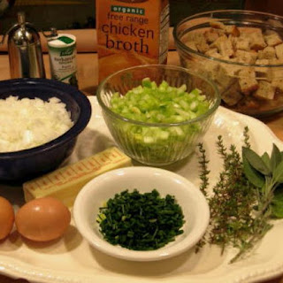 Gluten-Free Herbal Bread Dressing