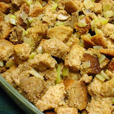 Betty Crocker's Classic Bread Turkey Stuffing