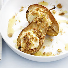 Easy Baked Pears With Amaretti