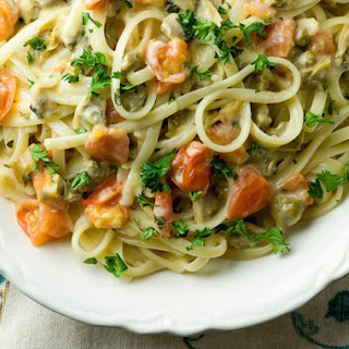 Linguine with Creamy Clam Sauce