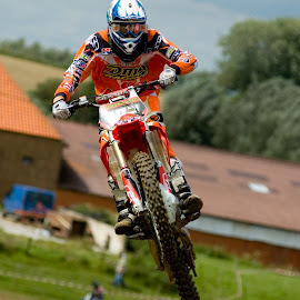 High jump by Guy Gillade - Sports & Fitness Motorsports ( moto, jump, cross )