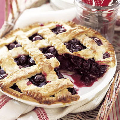 Late-Summer Cherry Pie