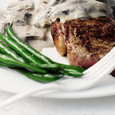 Rump Steak With Mushroom And Peppercorn Sauce