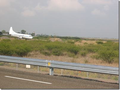 Airport Highway 6-08 013