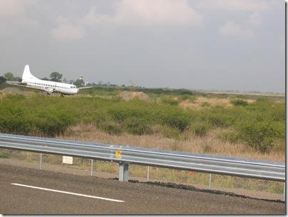 Airport Highway 6-08 013