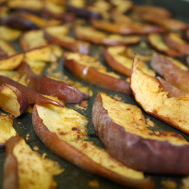 Baked Cinnamon Apples by Karin Keller - Food & Drink Cooking & Baking ( cinnamon, healthy, apples, homemade, snack, baked )